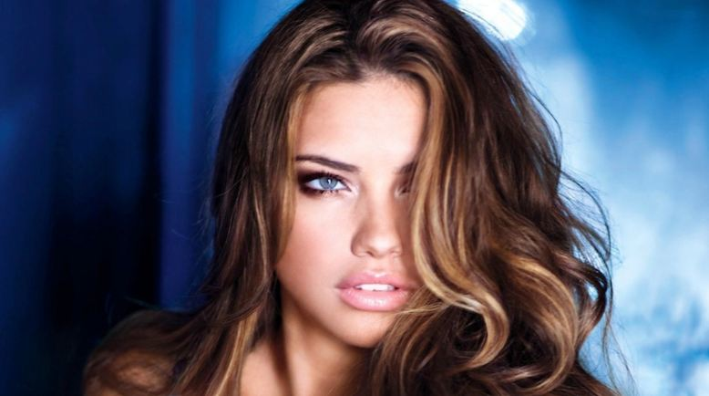 Adriana Lima Is One Of The Tallest Victoria Secret Models To Ever Feature In Any Magazines Released By This Reputed Brand