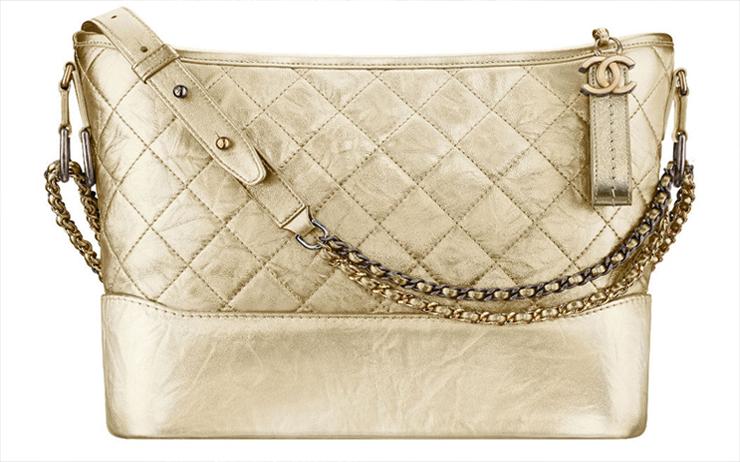 bdc317a6f3 ... τσάντα του γαλλικού οίκου που φέτος έχει την τιμητική της